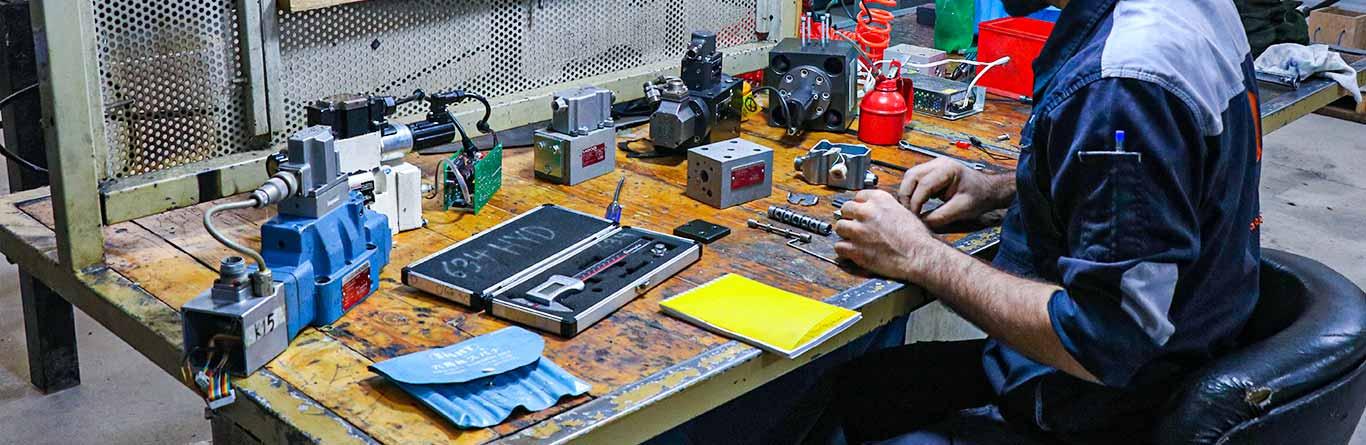 طراحی و تولید مدارهای الکتریکی